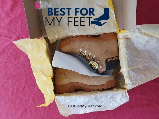unboxing a pair of work boots from caterpillar named caterpillar outline